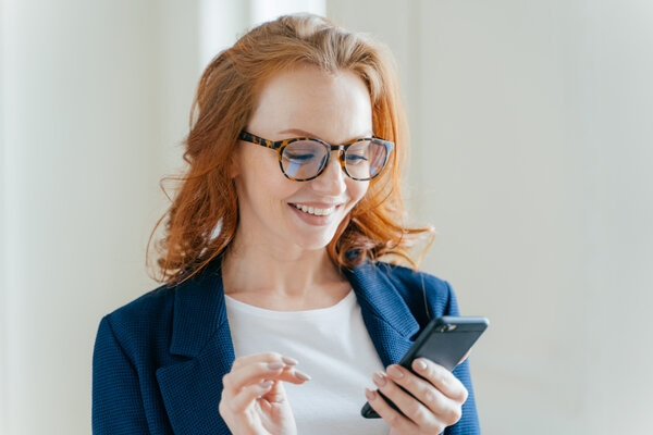 woman making a secure payment through request to pay app